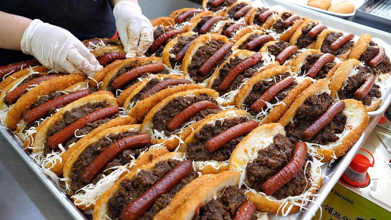 봉사 정신으로 판매하는? 2500원 미친 퀄리티 고로케! 불고기 핫도그 고로케  / Amazing fried hot dog Master / korena street food