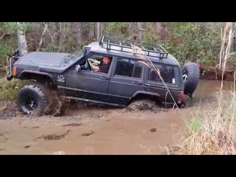 trail riding with the jeep freaks