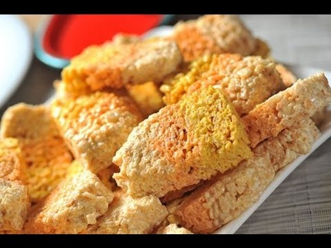 Dulces de Rice Krispies - Candy corn shaped Rice Krispies Treats