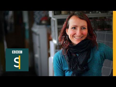 Anna is not having kids because it's good for the environment - BBC Stories