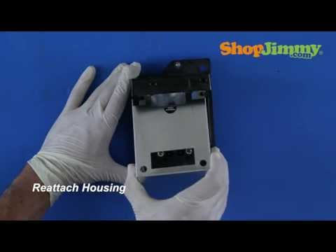 How to replace Hitachi DLP Lamp for No Picture, Bad Lamp