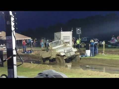 Jeep vs 22r Broken Drive Shaft The Farm 2018 Mud Races