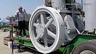Giant 22+ TON  Engine Start up  - Great Sound!