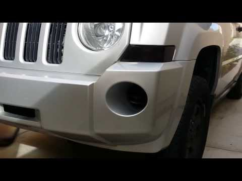 How to remove front turn signal assembly housing unit from a 2008 Jeep Patriot