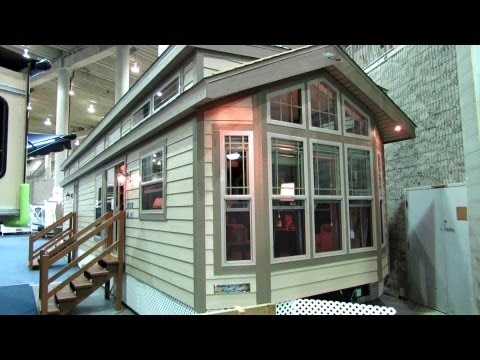 2013 Woodland 3812-24C Mobile Home - Walkaround - 2013 Montreal RV Show