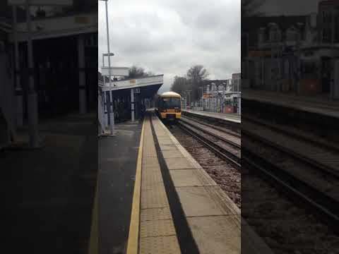 Bexleyheath Station Trains