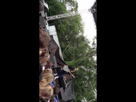 Six Flags New England Concert 2012!