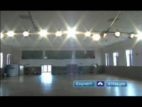 How to Start a Community Theater Program : Sound & Light Preparation in Community Theater