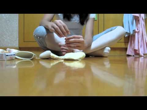 Pointe tutorials-Pointe shoe prep