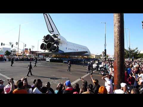 Space Shuttle Endeavor adventures on Crenshaw 3/3