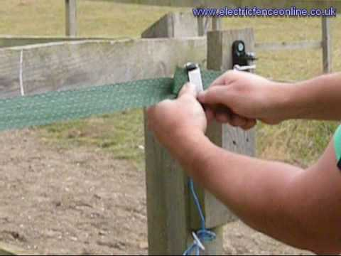 Joining electric fence lines to make them live