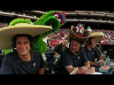 the latest 878a4 f9a0f Phanatic bears gifts for commentators