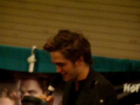 Robert Pattinson Q & A in Chicago
