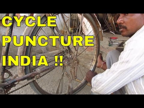 Repair A Cycle Puncture On The Roadside - INDIA