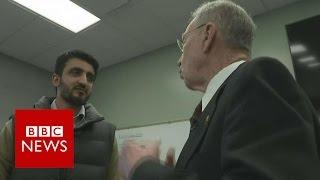Asylum seeker confronts Republican senator - BBC News
