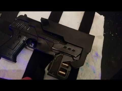 DREDD 2012 DIY Lawgiver mk2 cosplay prop holster build