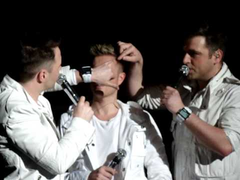 Westlife concert in Sheffield - joking about Nicky's injury & reading out banners