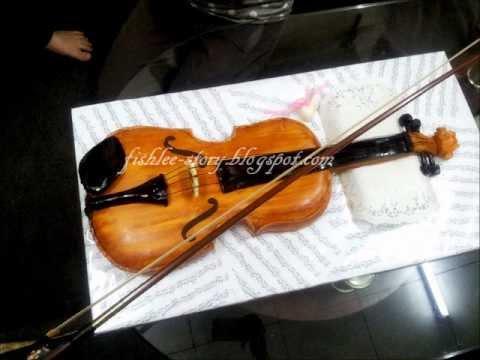 Violin Fondant Cake 2011