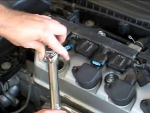 Honda Civic 2001 spark plug change