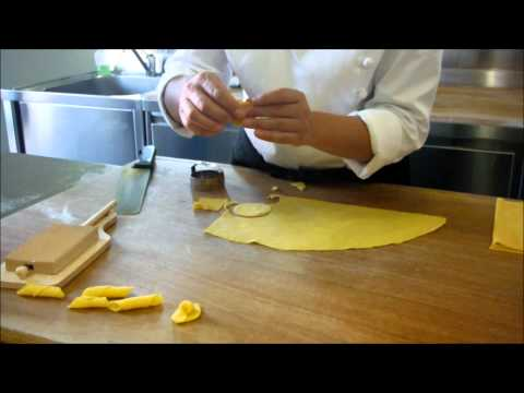 How to cut and shape fresh pasta