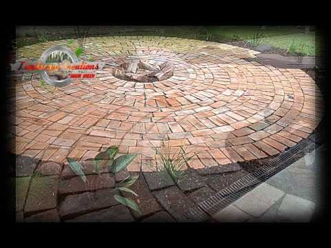 HOW TO BUILD A HERITAGE BRICK COURTYARD BY  MARK GREEN
