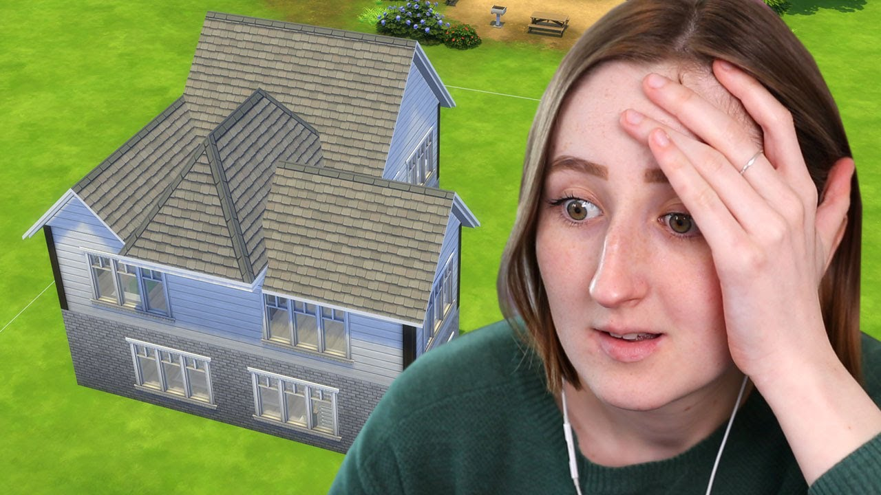 I tried fixing my little sister's builds in The Sims 4