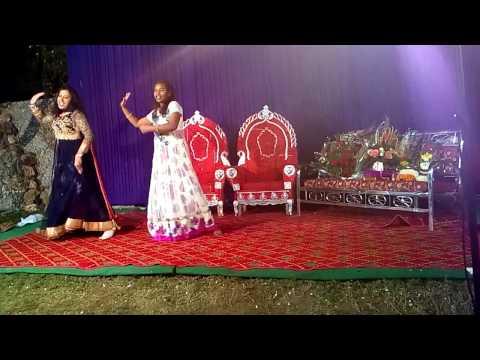 Floshbel Engagement Dance