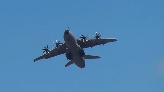 Aerobatic Airbus A400M Takes Off Quick, Before A380 Lands.