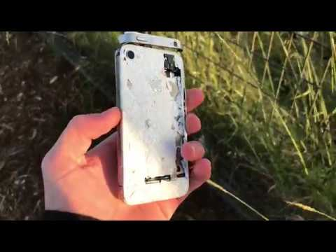 iPhone 4S hit with mallet & Samsung Galaxy S4 destruction