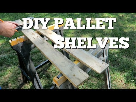 Free Pallet Shelves ~ DIY
