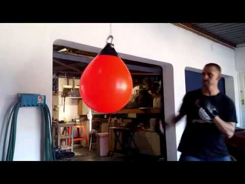 Aqua bag vs punching bag (balsak vs slaansak)