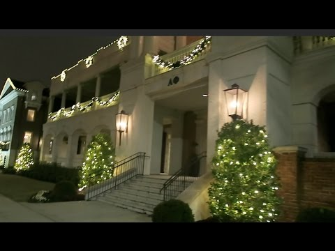 Sorority Row at Alabama during Christmas! | Tori Sterling