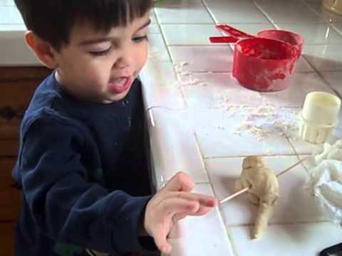 Dough Dino.AVI
