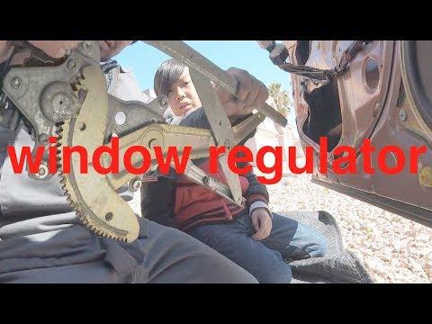 STUCK UP '95-'02 Toyota Corolla window motor regulator replacement √ Fix it Angel