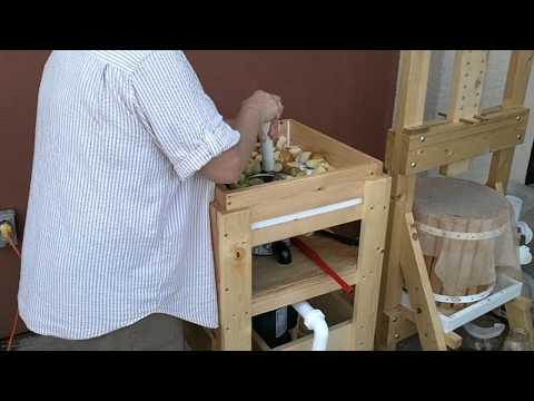 How to use a Cider Press - Part 2 of 6