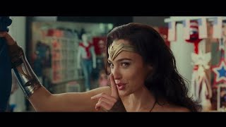 Wonder Woman 1984, Mall Scene