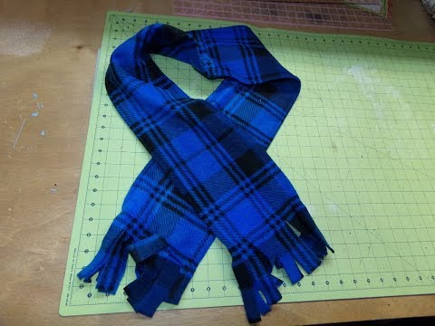 How To Sew The EASIEST Fleece Scarf