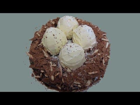 dinosaur eggs cake
