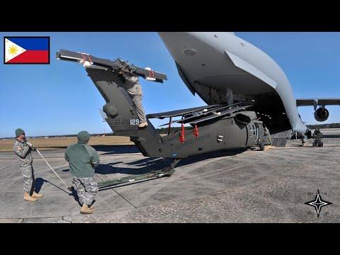 Xxx Mp4 Russian Aircraft Landed In Davao Philippines Giving 3 US Helicopters 3gp Sex