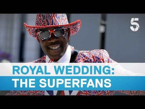 Royal superfans gather in Windsor ahead of wedding - 5 News