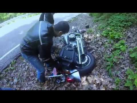 Motorcycle Crash - Tail of the Dragon