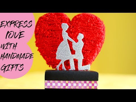 EASY DIY GIFT OUT OF WASTE    DIY HANDMADE SHOWPIECE  