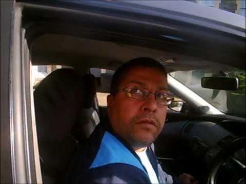 Taxi Driver  YP52 SZV, Kennington Road, Bristol 08 04 2011