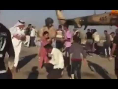 الجيش العراقي يساعد  العوائل الايزيديه المحاصر
