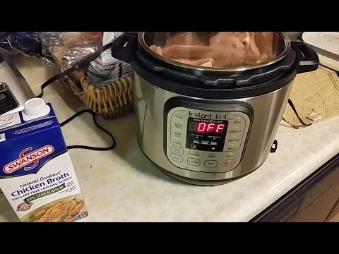 Cooking Shredded Chicken with the Instant Pot Pressure Cooker.
