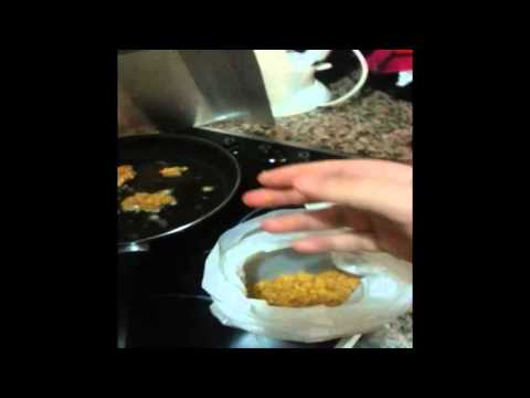 Homemade chicken nuggets using cornflakes