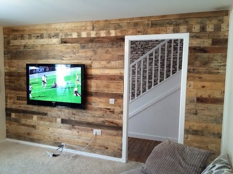 Reclaimed pallet wood wall.
