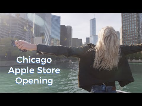 Apple Store Opening in CHICAGO! | Karlie Kloss