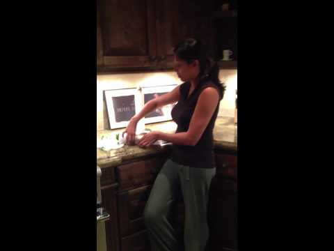 making herbs like cilantro last longer: chai mommas tuesday tip
