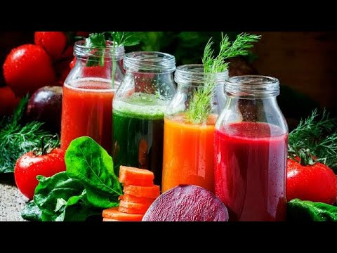 Is a juicer better than a blender for making juice